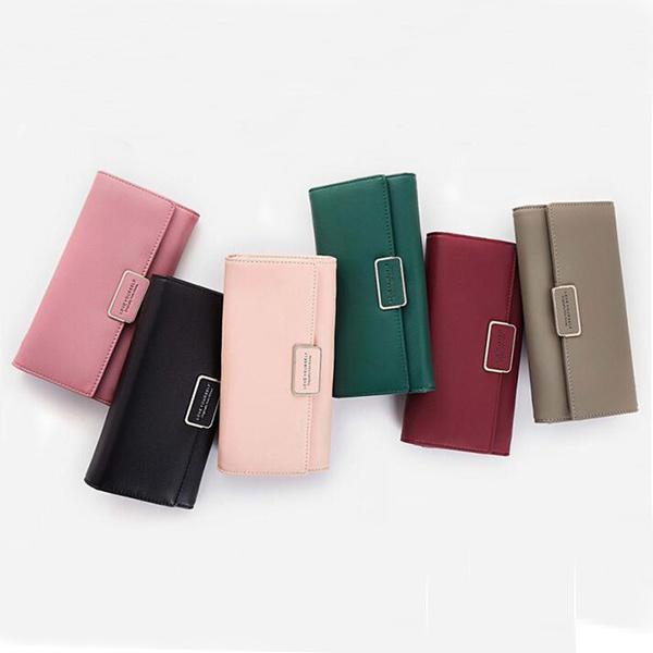 お財布とバッグが一体となった斬新なデザイン