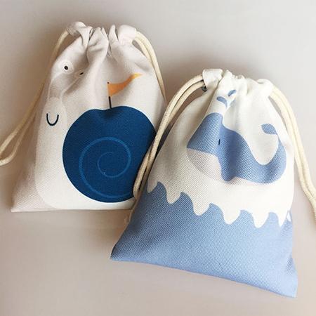 激安軽便なデザイン巾着袋 ノベルティ オリジナル格安便利に持ち運び