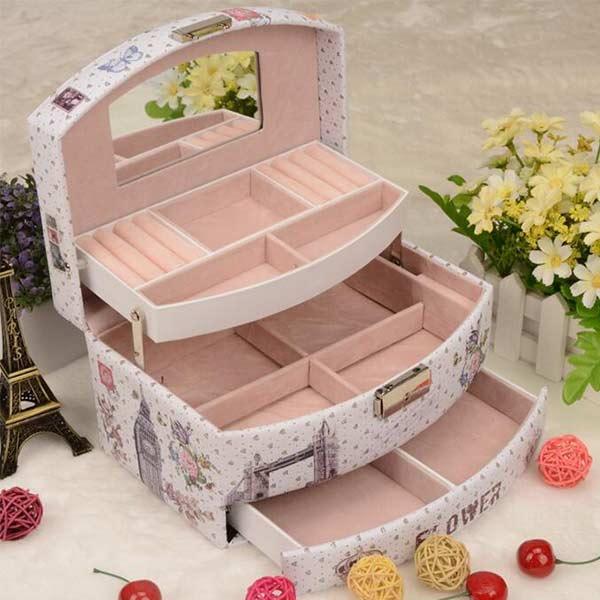 小物入れ ジュエリーボックス 鍵付き アクセサリーケース 収納ケース 大容量  イヤリング 宝石箱 誕生日 プレゼント 女性 携帯用 持ち運び 旅行 シンプル