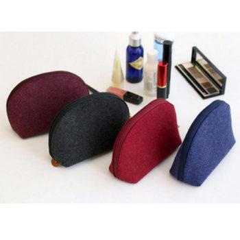 フェルトポーチ レッド 化粧品ポーチ シェル型 トモウオリジナル製作 化粧袋 収納バッグ 旅行出張用 小物入れ 大容量