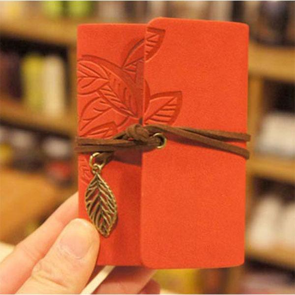 柔らかで温かみのあるカードケース