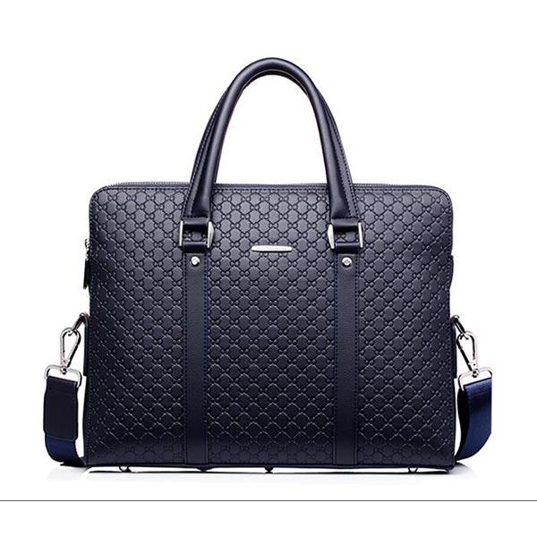 上品なハンドビジネスバッグは男性に一番適用